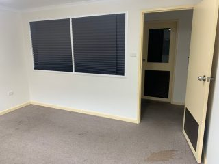 m01-office-1
